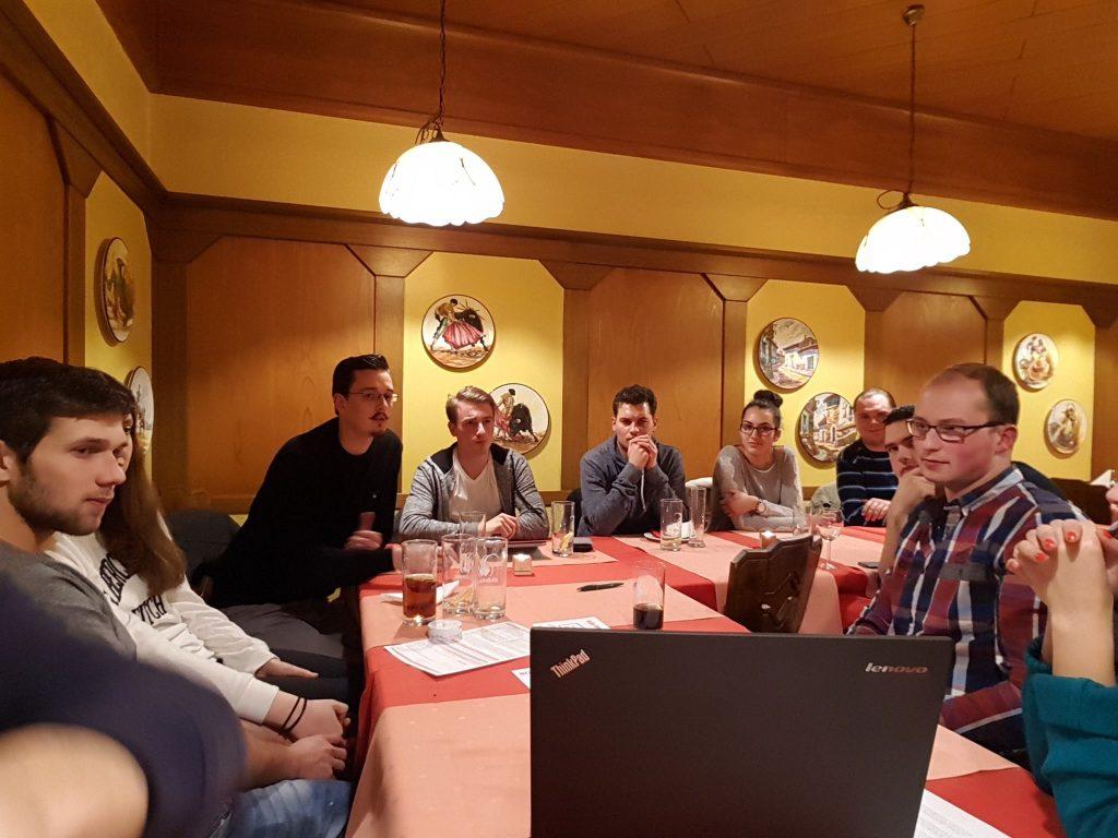 Parolen der JSVP Luzern für die Abstimmungen vom 12. Februar